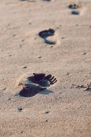 beach-holiday-vacation-sand