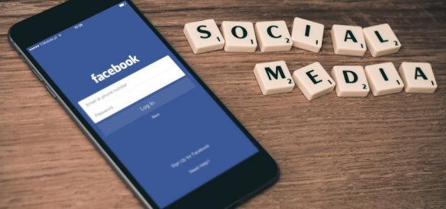 8 Key Tips to Great Customer Service on Facebook