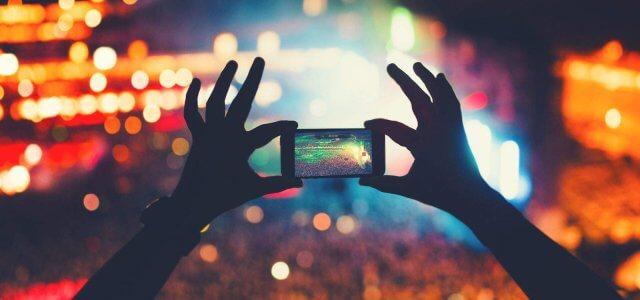 Periscope vs. Snapchat Marketing: A Comparison