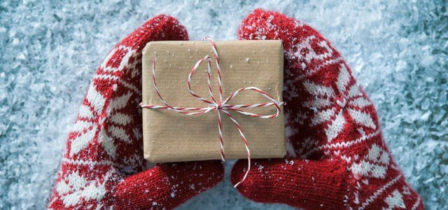 10 Last-Minute Christmas Gift Ideas for a Marketer