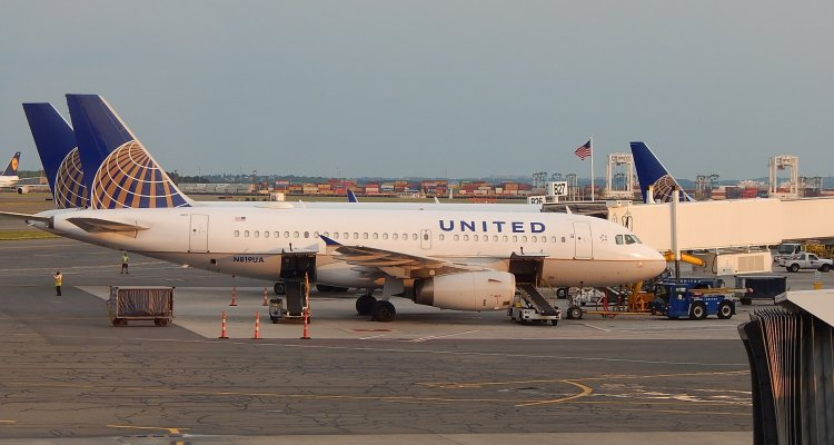 What United Airlines can learn from Odwalla and Samsung