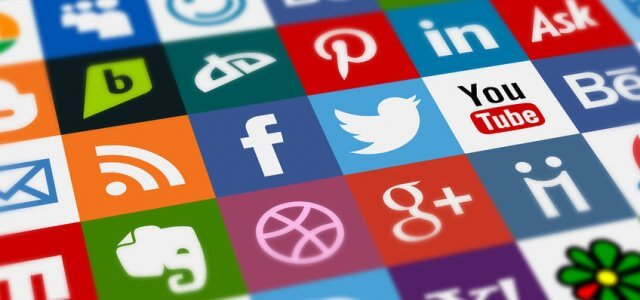 How to Add Social Media Feed to Website