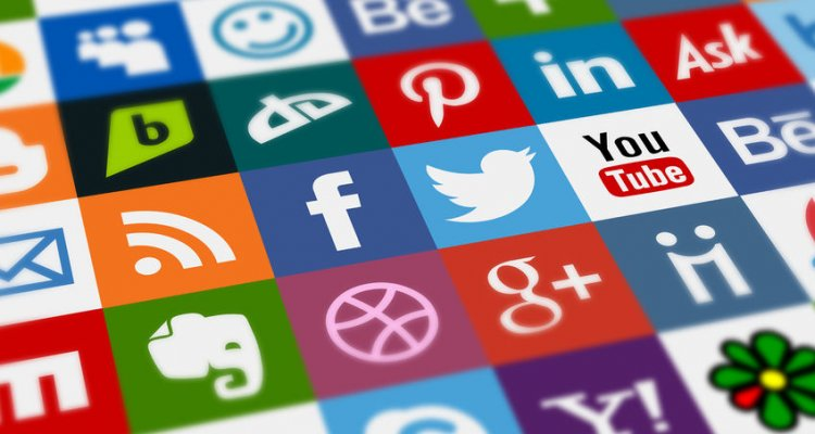 HOW TO ADD SOCIAL MEDIA FEED TO WEBSITE using Brand24, a social media monitoring tool