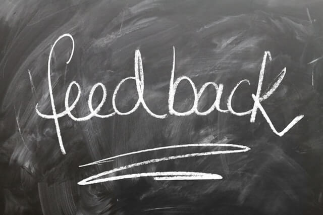 The word feedback written on blackboard